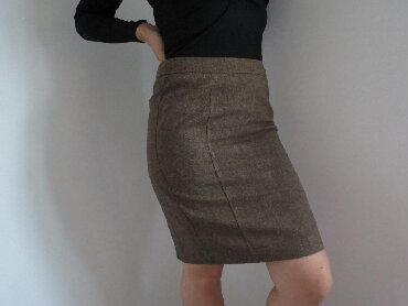 Zimska suknjica - Srbija: Bpc suknja 36 velSuknjica je postavljena, idealna za jesen /zimu, ne
