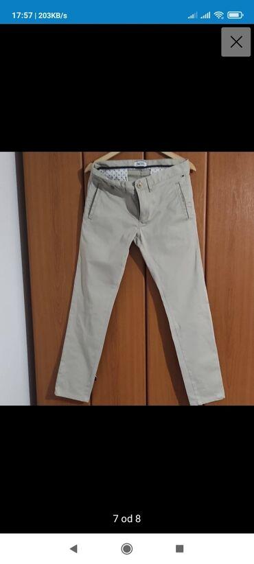 Pantalone lantis - Srbija: Na prodaju muske pantalone Tommy Hilfiger. Dimenzije W30 L34 . Moram