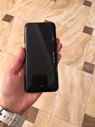 Samsung б у - Азербайджан: Samsunq s8.ela veziyetdedi.bir tek ŏn kamera dumanli cekir.tecili