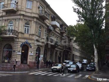 Bakı şəhərində Архитектурный дом 3/2,кодовый блочный вход(не итальянка) высота