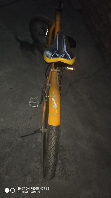 Продаю велосипед купили но не ездили просто стоит в гараже. в Бишкек - фото 5