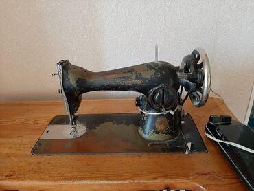 Продаю ножную швейную машинку, в хорошем состоянии. Всё работает