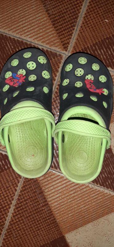 Dečije Cipele i Čizme | Vrbas: Papuce Spajdermen nosene ali jako ocuvane.Velicina 32Licno