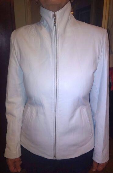 Ženske jakne - Beograd: Versace - bela kozna jakna M - novoPrelepa kozna bela jakna, izradjena