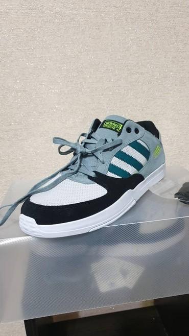adidas barikada в Кыргызстан: Adidas Tribute ADV оригинал Размер 43, 44