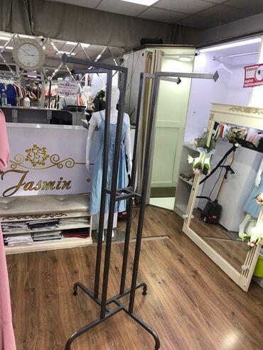 Продаются вешалки для магазина одежды Цена 1500  г.Бишкек Кыргызстан