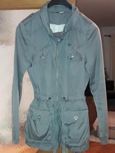 Jesenja-zenska-suskava-jaknica-broj-pisite-inox - Srbija: Zenska tanka jaknica M velicina