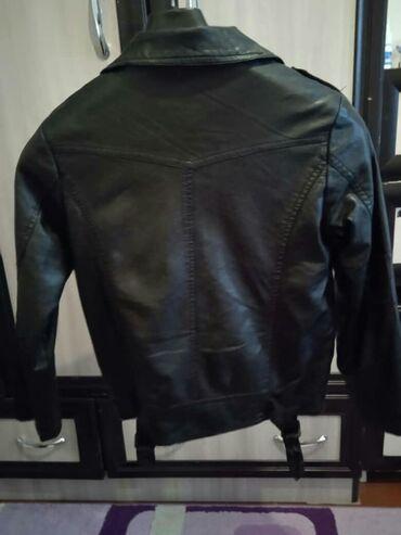 Женская одежда - Кой-Таш: Кожаная курточка на девочку 7-8лет