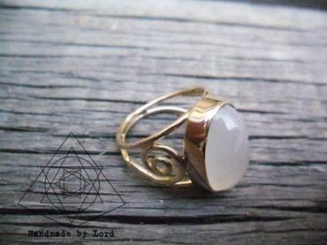 Кольцо из золота с лунным камнем на заказ. Размер по желанию. в Бишкек