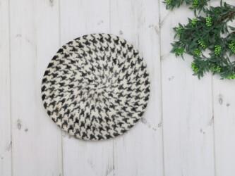 Женская кепка-берет Цвет: черно-белый Материал: 45% шерсть, 55% акрил
