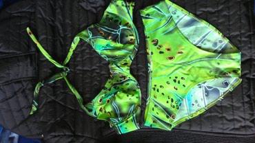 Nov bikini,velicina gornjeg dela je 44 a velicina donjeg dela je 40. - Novi Sad