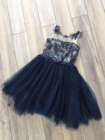 черное платье вышитое бисером в Кыргызстан: Продаю очень красивое детское платье одевали один раз на торжество