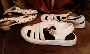 38 размер,большемерки,бу,резиновые сандалии женские,в городе Ош