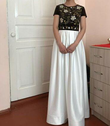 темно коричневое платье в Кыргызстан: Платье новое, одевали 1 раз. Все вышивки ручной работы, стразы