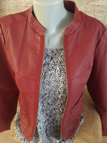 Personalni proizvodi | Smederevo: Bordo jakna. Izuzetno lepog kroja. Jako elegantno stoji. Sirina