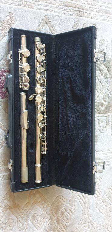 Флейты - Бишкек: Флейта от Yamaha, использовался мало, в хорошем состоянии