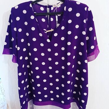 Продаются новые туники, блузки, кофточки. Размеры разные от 52-60