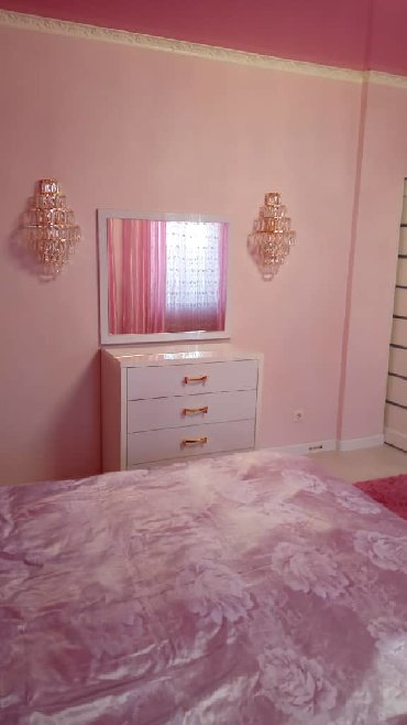 spros na ofisnuju mebel в Кыргызстан: Продам Дом 102 кв. м, 4 комнаты