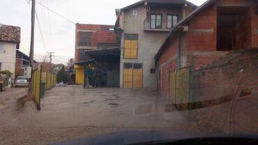 Kamion - Srbija: Prodajem stambeno poslovni objekat sa slike, 3 etaze po 210 m2, ukupno