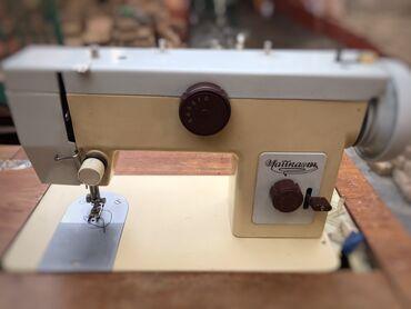 Электроника - Кара-Суу: Швейная машинка «Чайка»В хорошем состоянии, никто не