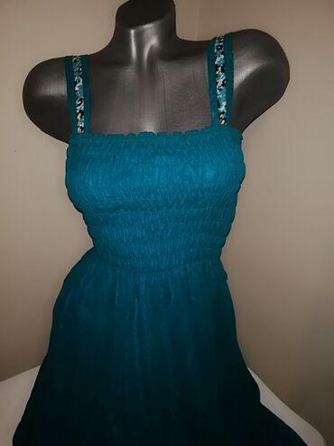 Haljine - Pancevo: Prelepa duga haljina  Savršen model Stoji fenomenalno M L veličina