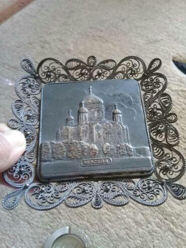 фарфоровая фигурка в Кыргызстан: Железные дикоративные пепельницы и картинка с выделенными рисунками
