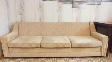 Диваны - Кемин: Продаю мягкую мебель б\у, диван и два кресла (Чехословакия) в очень