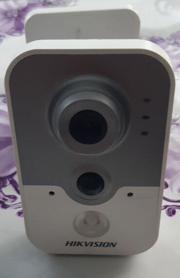 Продаю IP камеру Hikvision DS-2CD2420F-I Разрешение 2 МпHD в реальном