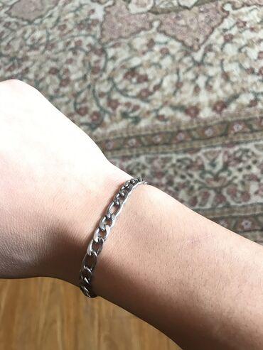 жилет мужской в Кыргызстан: Срочно продаю мужской браслет. Из ювелирной стали.Качество отличное