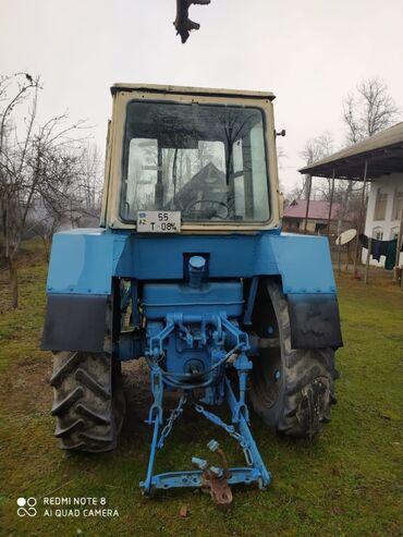 82 traktor - Azərbaycan: Traktor naxadidi.Otur surdu