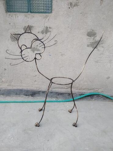Ручная работа подцветочник в стиле Кот. Высота от пола до ухо 81см