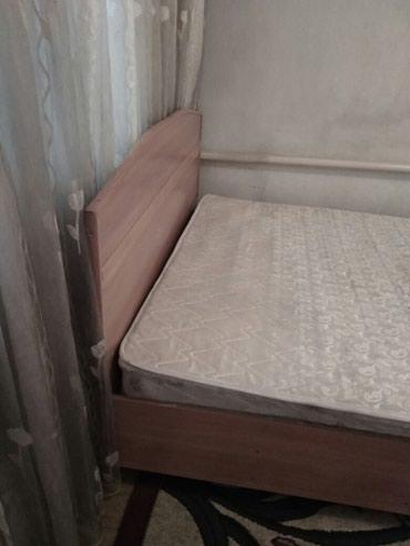 Продаю 2х спальную кровать недорого( 3000 сом) в Бишкек