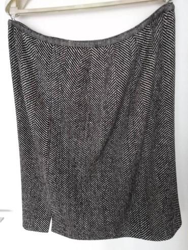 Obim-grudcm-duzina-cm - Srbija: Štofana suknja. Obim 94 cm duzine 64 cm