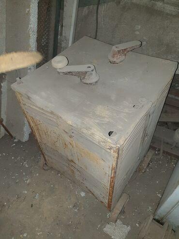 Продаю сварочный аппарат, переменного тока