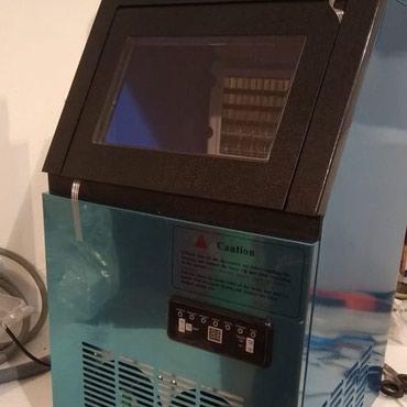 Bakı şəhərində Almaniya istehsalı yeni buz aparatı.60-kqlıq.3500azn.1il