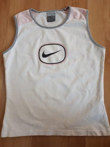 Odlicna Nike majica original S vel. - Jagodina