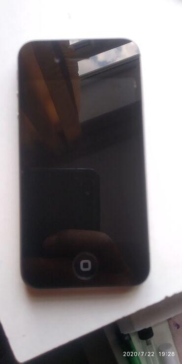 apple 4s - Azərbaycan: İphone 4s satılır ayklod yaddan çıxıb qalan hər şey işdiyir