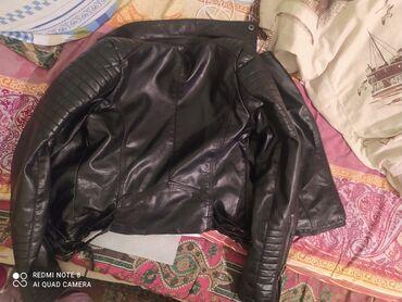 qadın üst geyimləri qadın vetrovkaları - Azərbaycan: Qadın Kurtksıdır 5 6 dəfə geyinilib istəyən olsa zəng etsin aşaqı yeri