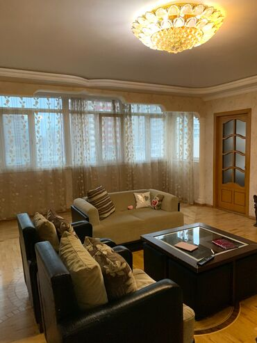 дом без посредников в Азербайджан: Продается квартира: 5 комнат, 134 кв. м