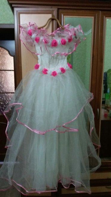 Свадебное платье. Размер 46-50(регулируется шнуровкой на спинке). На в Бишкек