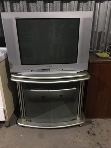 Большой телевизор и подставка!!! в Кок-Ой