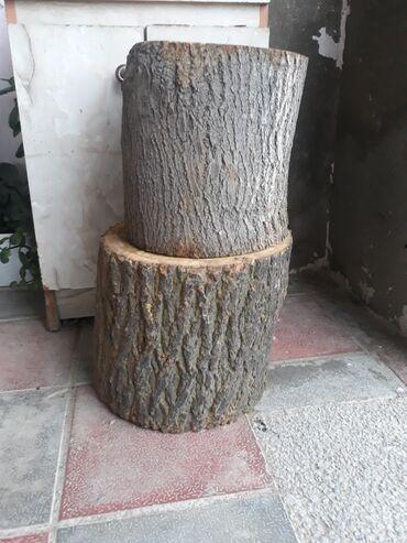 Kömür, odun - Azərbaycan: Odun satılır ət doğramağa tut ağacı və başqa ağaclarn kötükleri de