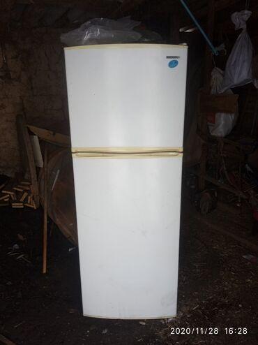 белая mazda в Кыргызстан: Двухкамерный Белый холодильник