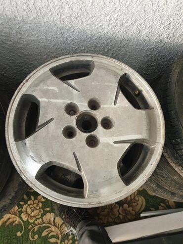 Продаю диски хонда адиссей 3штуки или по штучно 1 штука 2000сом торг