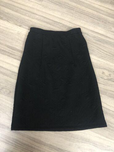 Продам тёплую юбку-карандаш! размер S,  Тёплая, плотная, в отличном со