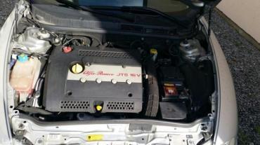 Alfa romeo 145 1 4 mt - Srbija: 2. 0 jts motor kao i delovi motora za alfa romeo 156 i alfu gt