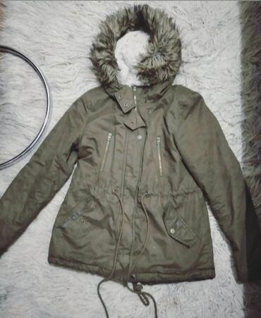 Zenska jakna Jakna kupljena u C&A, jako ugodna za ove dane