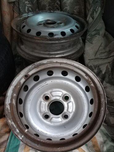 17570 r13 диски в Кыргызстан: R13 4*100 разболтовка (4 штуки) (Ровные,прокатаны,зачищены нужно