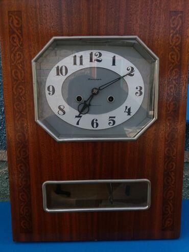 Антикварные часы - Кыргызстан: Продаю часы Янтарь СССР с боем,рабочии