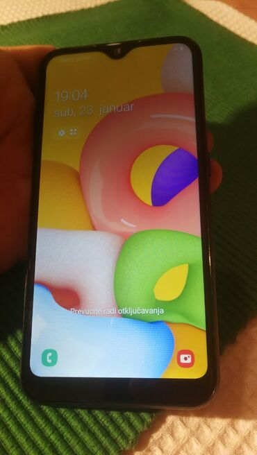REZERVISAN .Samsung A01/2020 god. duos .sim free. ispravan .super